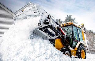 Уборка дорог от снега